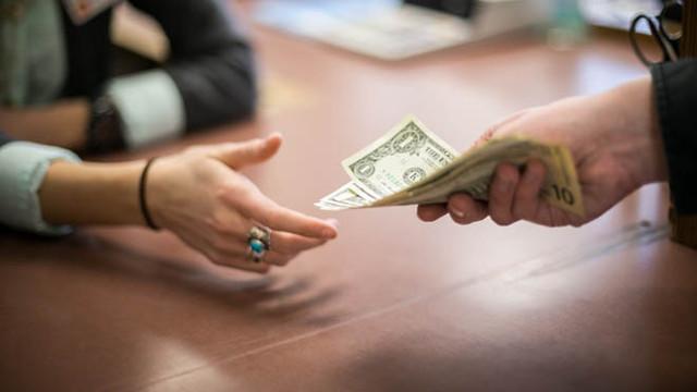 Как взыскать долг по расписке с физического лица?