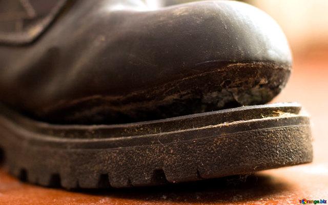Гарантия на обувь: описание всех возможных случаев ее наступления