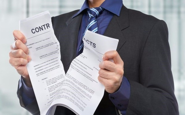 Расторжение договора страхования: основания, порядок действий
