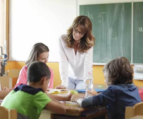 Характеристика на учителя начальных классов для награждения грамотой, на учителя математики