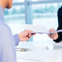Претензия в банк: основания и правила ее написания