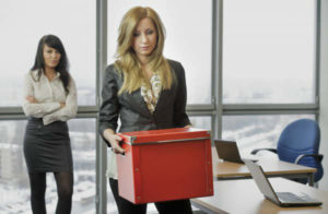 Увольнение по собственному желанию: особенности и порядок