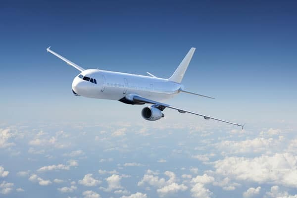 Если опоздал на самолет: что делать и можно ли вернуть билет
