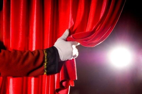 Возврат билетов в театр по закону: как вернуть