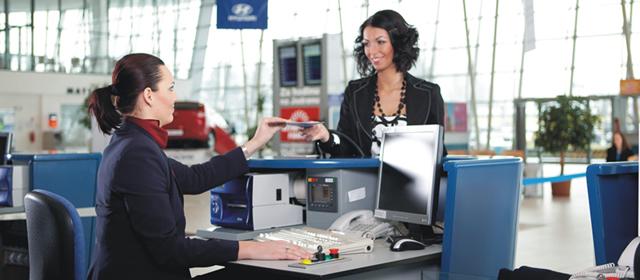 Компенсация за задержку рейса: на что можно рассчитывать