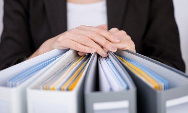 Как уволить сотрудника: оформление и выплаты