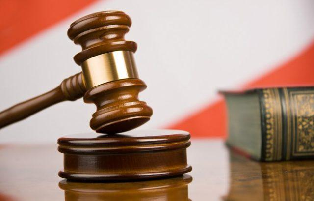 Взыскание в судебном порядке: как происходит